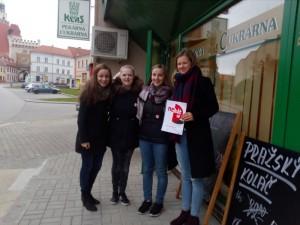 fotka den poezie - Opletalová, Wolfová, Kubálková, Neužilová